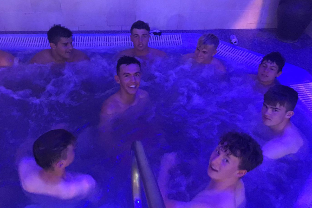 There is a hydrotherapy pool at the Rugby Academy Ireland